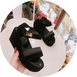 Giày sandal bánh mì siu xinh giá sỉ