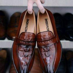 Giày tây nam dập vân chất da bò dập vân cá xấu mẫu hót năm 2019 giá sỉ