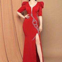Đầm dạ hội tk xẻ tà tay bồng giá sỉ