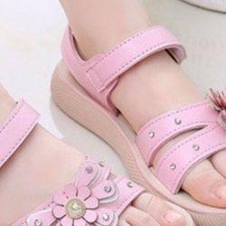 Sandal rẻ quạt kiểu độc dáng lạđế cao su chắc chắn giá sỉ