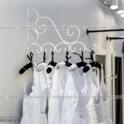 Móc treo quần áo cưới số 9 màu trắng sơn tĩnh sét giá sỉ