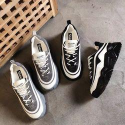 Giày bata đế thô đế màu