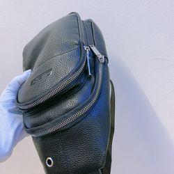 Túi đeo chéo chất liệu da si giá sỉ