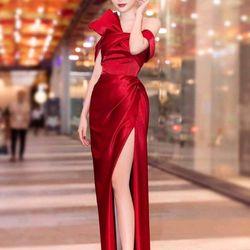 Đầm dạ hội phi rớt vai giá sỉ