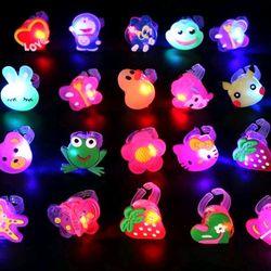 nhẫn đủ mẫu có đèn có pin cho trẻ em