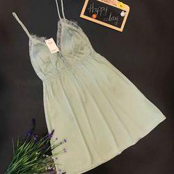 Váy ngủ hai dây viền ren ngực chất lụa mềm mịn