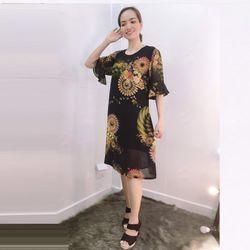Đầm Silk Lụa In 3D Nền Đen Họa Tiết Tay Loe giá sỉ