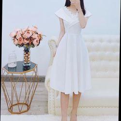 Đầm trắng thiết kế