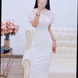 Đầm thiết kế màu trắng dáng ôm