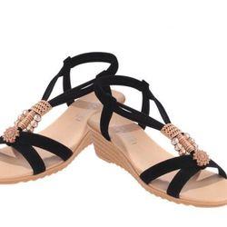 Giày sandal đế xuồng đính hoa văn giá sỉ