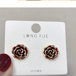 Bông tai hoa hồng đỏ AB5237 giá sỉ