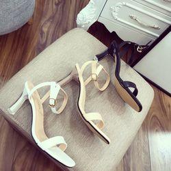 Giày sandal gót nhọn đá cực xinh giá sỉ
