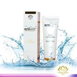 Sữa rửa mặt trắng da ngăn ngừa và trị mụn Nutriwhite 120ml giá sỉ