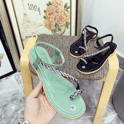 Giày sandal xỏ đá siêu sang giá sỉ