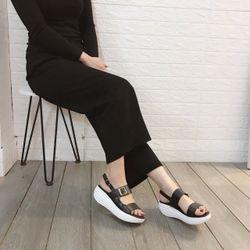 Giày sandal đế xuồng bánh mì giá sỉ