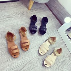 Giày sandal quai thu ne