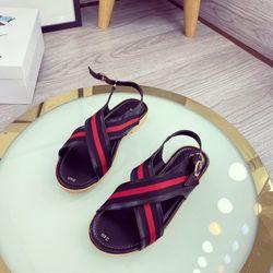 Giày sandal quai chéo tc