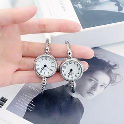 Đồng hồ nữ CD dây thép