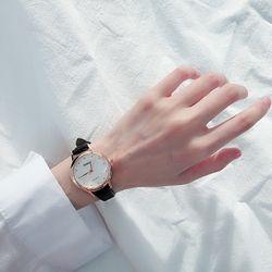 Đồng hồ nữ kasi dây da mặt tròn