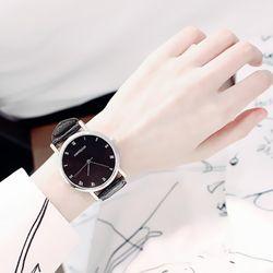 Đồng hồ nữ dây da c99 giá sỉ