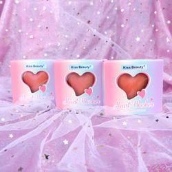 Phấn má kiêm bắt sáng thiết kế hộp thiếc cao cấp Kiss Beauty Heart Blusher 8g giá sỉ