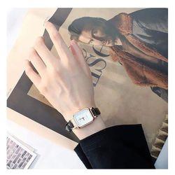 Đồng hồ nữ với viser99