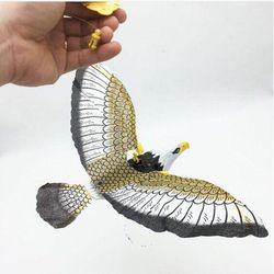 Đồ chơi mô hình chim đại bàng vỗ cánh có đèn và tiếng giá sỉ