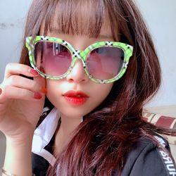 Mắt kính sọc xanh lá cá tính năng động chống bụi chống nắng giá sỉ