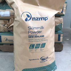 SỮA BỘT GẦY NEWZEALAND (Skimmed Milk Powder) 25 KG giá sỉ