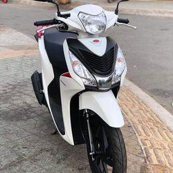 Bán Honda Vision110cc màu Trắng Sữa đời 2018 cực đẹp giá sỉ