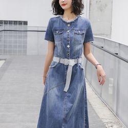Đầm jeans kèm dây nịt đẹp y hình giá sỉ