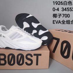 Giày thể thao YJ 700