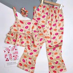 Đồ ngủ đồ mặc nhà hai dây quần dài họa tiết kèm scrunchies chất lụa hàng việt nam cao cấp giá sỉ