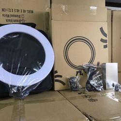Đèn LED Livestream 34CM hộp giấy , có túi xách, có giá đỡ kẹp điện thoại giá sỉ