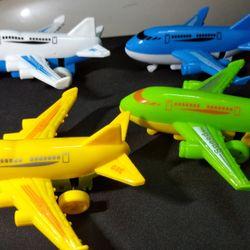 Máy bay đủ màu 7k chạy trớn