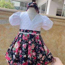 Váy trẻ em bán ( kèm phụ kiện ) giá sỉ