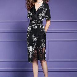 Đầm lụa đen hoạ tiết hoa trắng giá sỉ