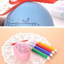Trứng tô màu. Dùng trang trí Giá sỉ 5800đ /1 bộ gồm 1 trứng và 4 bút lông 4 màu, có rất nhìu mẫu Có rất nhiều mẫu. giá sỉ